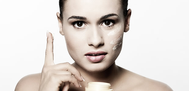 7 steps guide towards a clear and fair complexion that will help to bring out the 'Snow White' in you