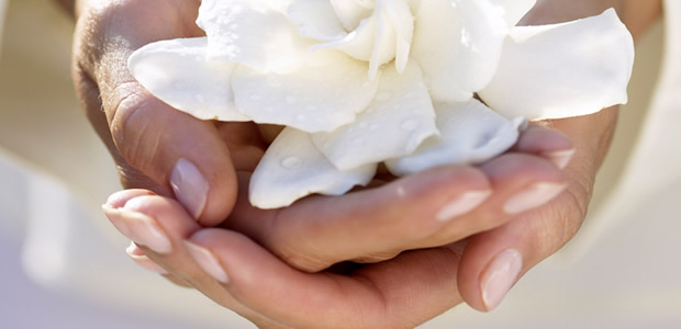 4 rules for lovely soft hands