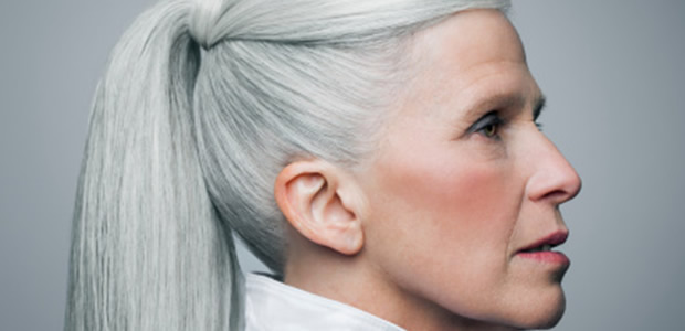 5 tips to deal with greying hair