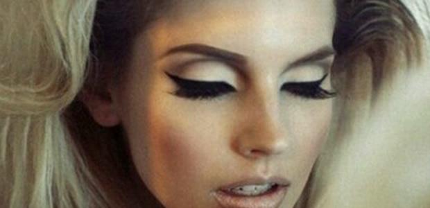 5 steps to achieve Kardashian-worthy lashes