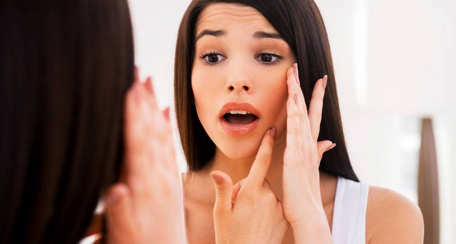 6-side-effects-of-using-the-wrong-skincare-products-as-a-new-mom