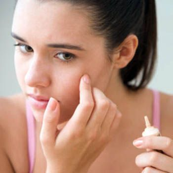use_of_cosmetics_when_you_have_acne